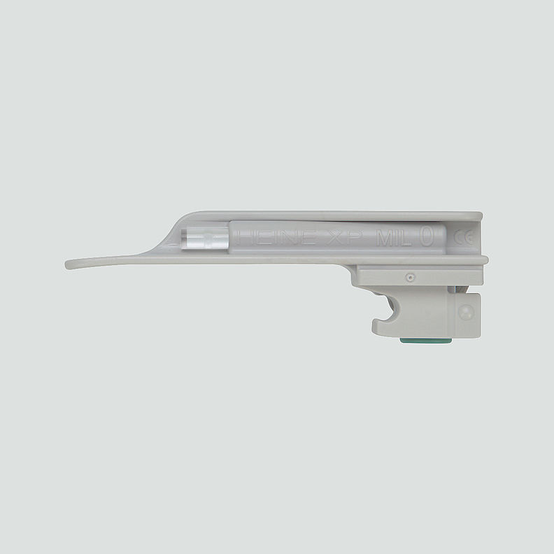 HEINE® XP Disposable Laryngoscope Blades F-000.22.771 Miller 0